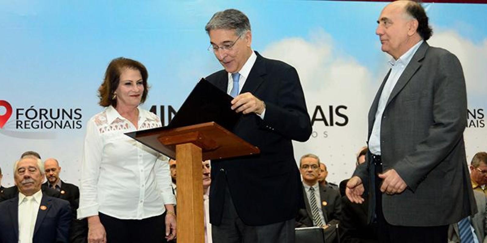 Fernando Pimentel defende acerto de contas com a União durante o Fórum Regional de Governo no Território Mata