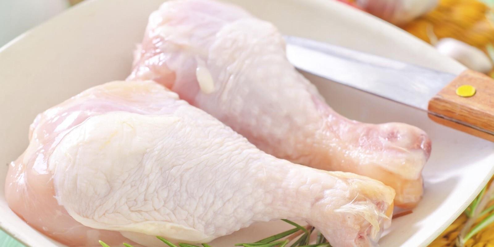 Frango/Cepea: Estoque reduzido impulsiona preço da carne