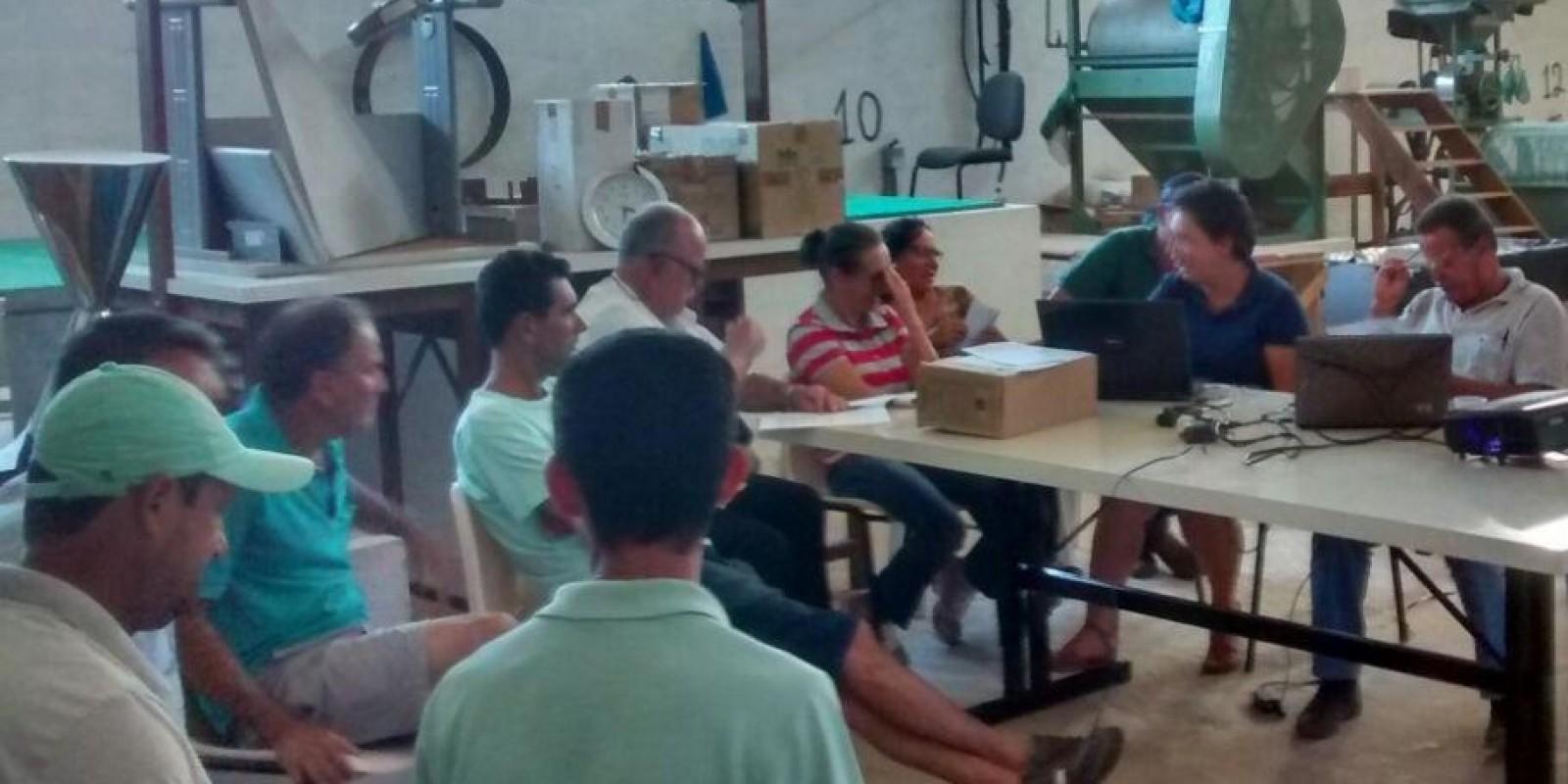 Cooperativismo é tema de seminário em município da Zona da Mata mineira