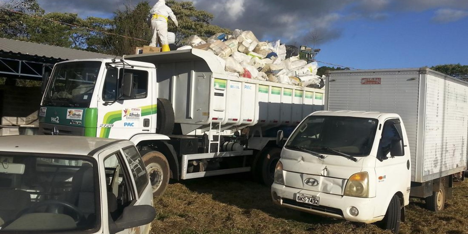 Recolhimento e descarte correto de embalagens de agrotóxicos evitam contaminação ambiental em municípios da região Central